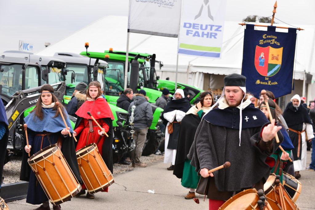 fiera_agricoltura_santa_lucia_tradizione_trattori_macchine_agricole